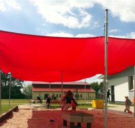 Sonnenschutz am Spielplatz