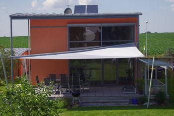 flexibleses Sonnensegel für verschiedene Einfallwinkel